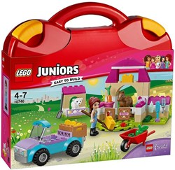LEGO Juniors Mia's boerderijkoffer 10746