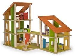 Plan Toys  houten poppenhuis Chalet dollhouse gemeubileerd