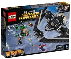 Lego  Super Heroes set Heroes of Justice: Luchtduel 76046