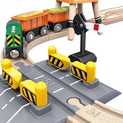 Hape houten trein set Crane & Cargo Set