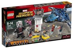 Lego  Super Heroes set vliegveldduel 76051