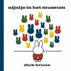Nijntje  voorleesboek Nijntje in het museum