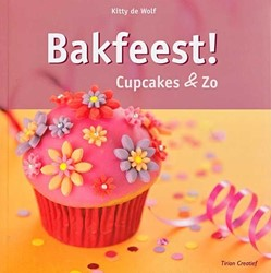 Kinderboeken  doeboek Bakfeest cupcakes en zo