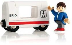 Brio  houten treinwagon Passagierswagon met reiziger 33509